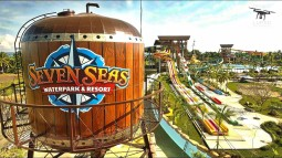 Seven Seas Water Park Opening on October 2017!